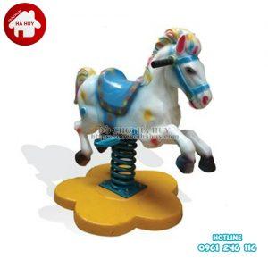 HB2-001-thu-nhun-con-ngựa1