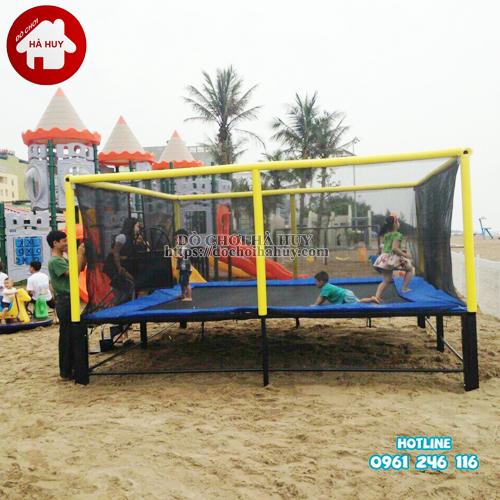 HE3-004-san-nhun-the-duc-hinh-vuong-co-luoi-quay-DK244