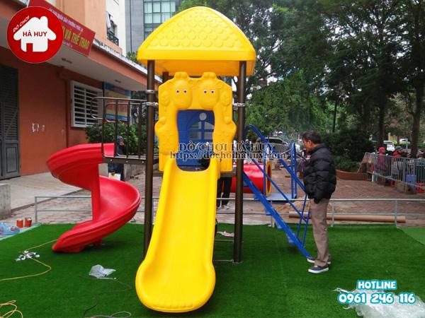 Lắp đặt đồ chơi ngoài trời cho khu vui choi trẻ em ở Hà Đông